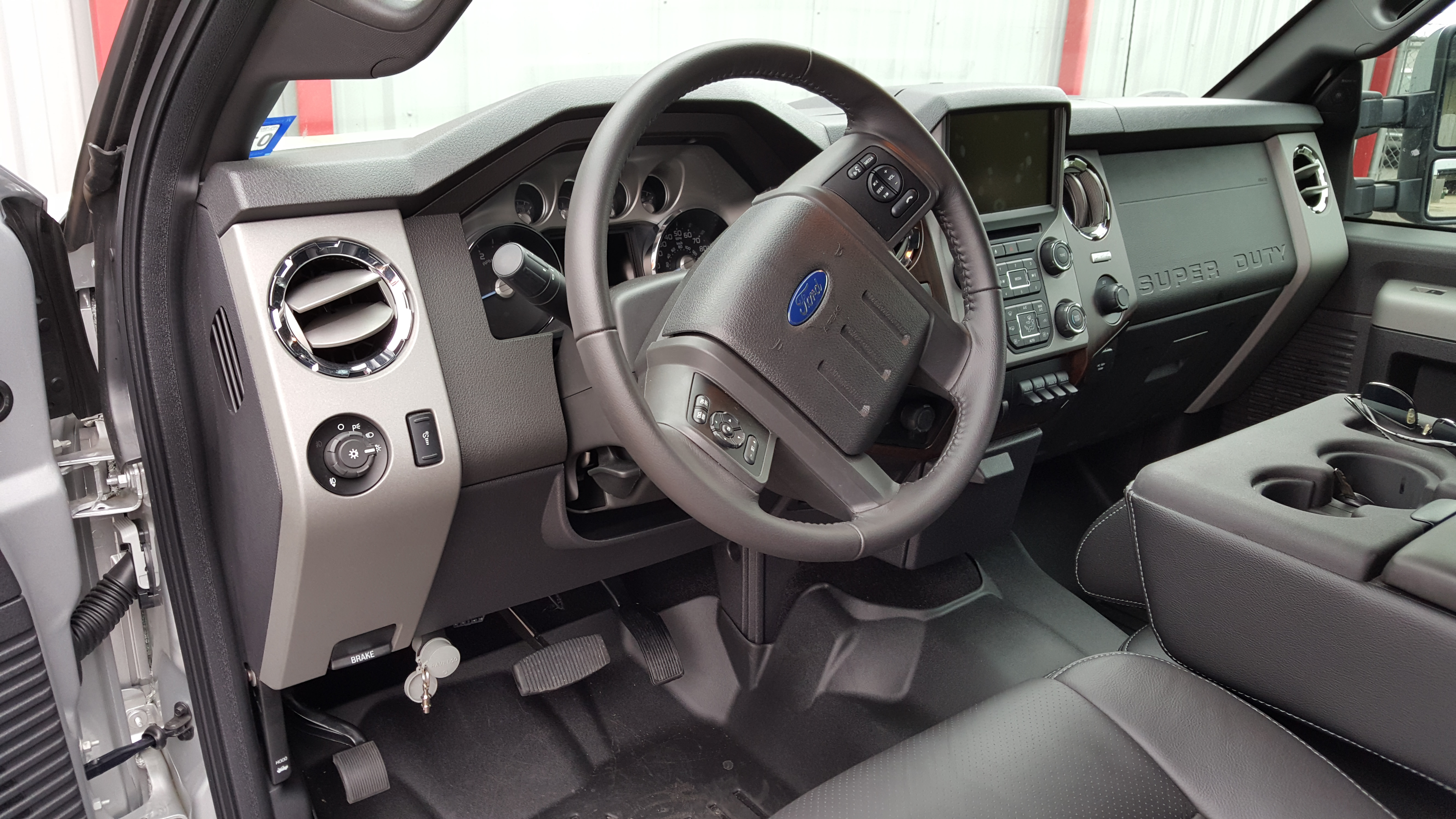 Ravelco Ford Super Duty Page